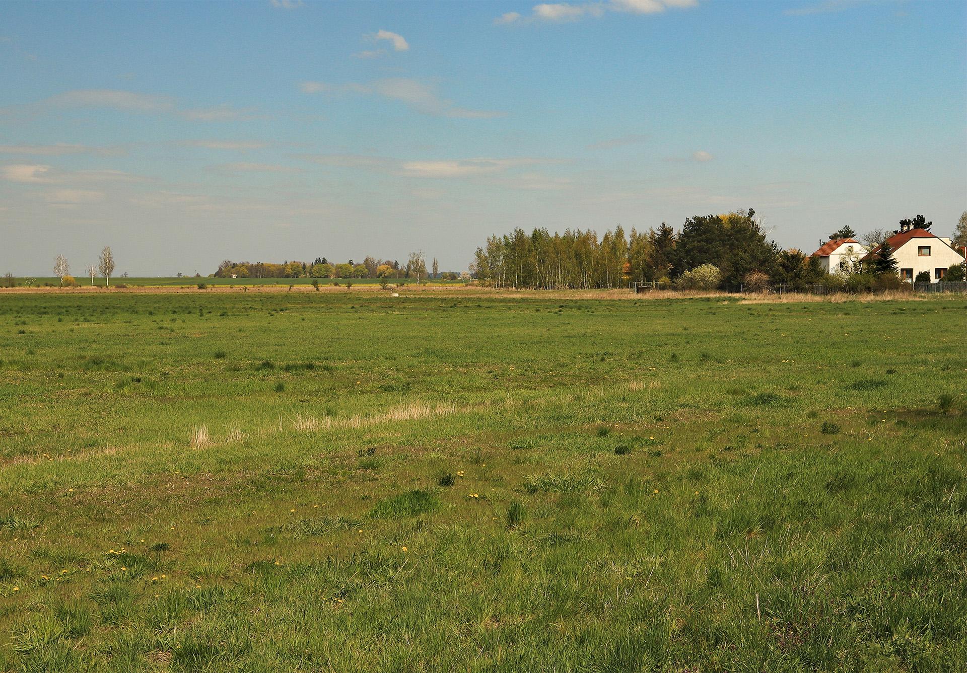 Pozemky u Poděbrad